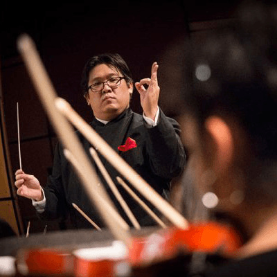 Springfield Youth Symphony conductor
